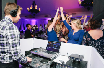 to-go-for-wedding-djs-or-not